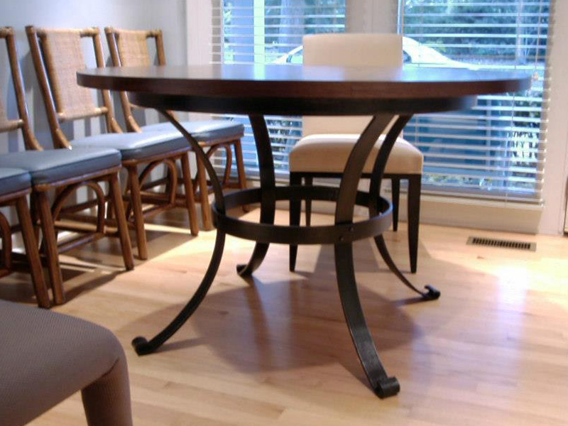 Gladstone Dining Table